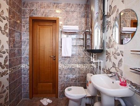 Двери для ванной в Алматы. Какие двери стоит устанавливать в ванную?