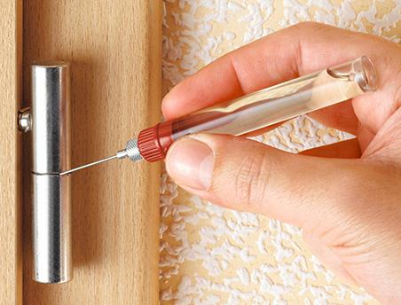 Как правильно ухаживать за межкомнатными дверьми? Советы специалистов.